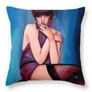 Liza Minelli Throw Pillow