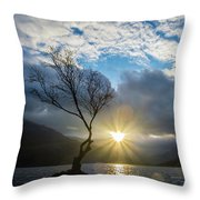 Llyn Padarn Sunburst Throw Pillow