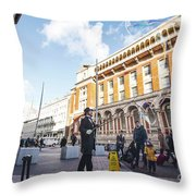 London Bubbles 11 Throw Pillow