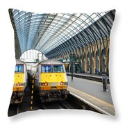 London King's Cross Station 1 Throw Pillow