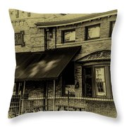 L. V. R. R. Terminal 1905 Throw Pillow