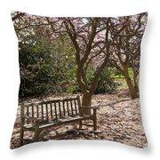 Magnolia Garden 7019 Throw Pillow