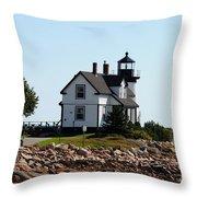 Maine 48 Throw Pillow