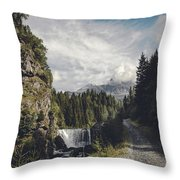 Mallero Mountain Creek - Chiesa In Valmalenco - Lombardia - Italy Throw Pillow