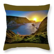 Man Of War England Throw Pillow