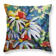 Marguerites Throw Pillow