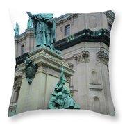 Marie Reine Du Monde 2 Throw Pillow