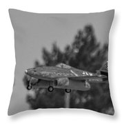 Me-262 2 Throw Pillow