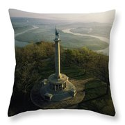 Memorial To The Battle Of Chattanooga Throw Pillow