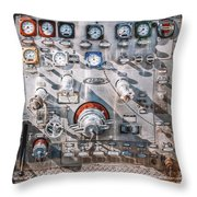 Milwaukee Fire Department Engine 27 Throw Pillow
