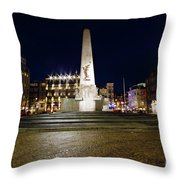 Monument On The Dam In Amsterdam Netherlands At Night Throw Pillow