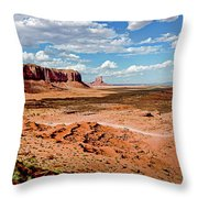 Monument Valley National Park Throw Pillow
