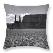 Monumentvalley 22 Throw Pillow