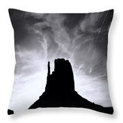 Monumentvalley 30 Throw Pillow