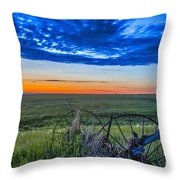Moon And Venus In Conjunction At Dawn Throw Pillow