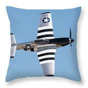 Mustang Photo Pass - 2017 Christopher Buff, Www.aviationbuff.com Throw Pillow