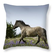 Mustang Running 2 Throw Pillow