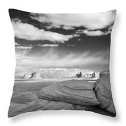 Mystery Valley View 7513 Throw Pillow