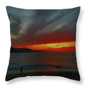 Naturaleza Al Rojo Pasion  Throw Pillow