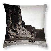 Navajos: Canyon De Chelly, 1904 Throw Pillow by Granger