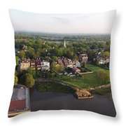New Castle, Delaware Throw Pillow