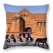 New Orleans Louisiana - Sightseeing Throw Pillow