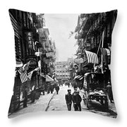 New York : Chinatown, 1909 Throw Pillow