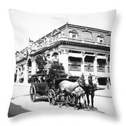 New York: Fifth Avenue Throw Pillow