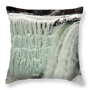 Niagara Falls 7 Throw Pillow