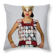 Noquisi In The Lady Knight Throw Pillow
