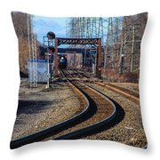 Norfolk Southern Engine 5664 Throw Pillow