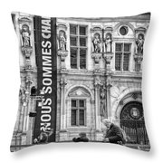 Nous Sommes Charlie Throw Pillow