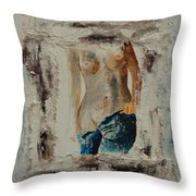 Nude 674521 Throw Pillow