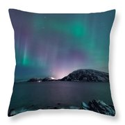 O Holy Night Throw Pillow