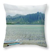 Oahu, Kaneohe Bay Throw Pillow