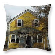 Old Farm House Throw Pillow