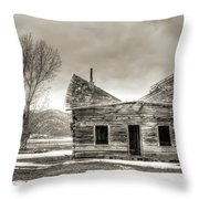 Old Rustic Log Cabin In The Snow Throw Pillow