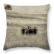 On The Battlefield - Gettysburg Throw Pillow