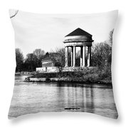 On The Lake At Fdr Park Throw Pillow