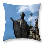 Papa Juan Pablo II - Mexico City I Throw Pillow