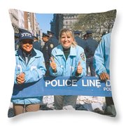 Parade For 1998 World Series Champions Throw Pillow