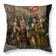 People - People Waiting For The Bus - 1943 Throw Pillow