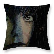 Periode Bleue Throw Pillow