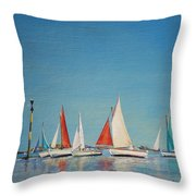 Petole A Chausey Throw Pillow