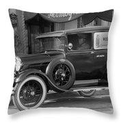 Photographer's 1928 Truck Throw Pillow