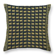Group Of Cows - Vi Throw Pillow