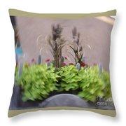 Plant Circle Throw Pillow
