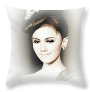 Portrait Of A Beautiful Girl Throw Pillow