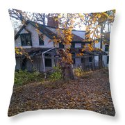 Portrait Of America - Gone Away Throw Pillow