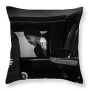 President Obama Ix Throw Pillow